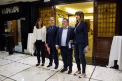 Los tres candidatos a las alcaldías de las capitales, junto a Idoia Mendia.