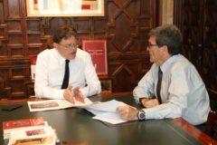 El presidente Ximo Puig junto a Aurelio Martínez durante la reunión de ayer.