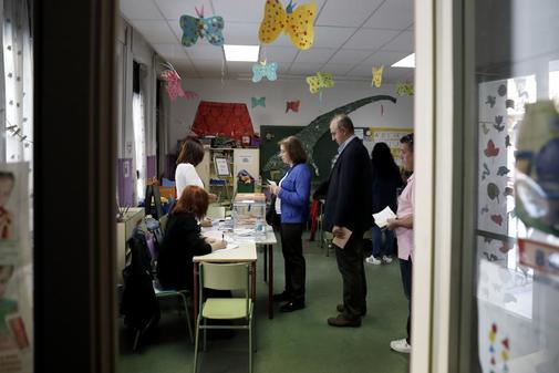 Un colegio electoral en una escuela infantil.