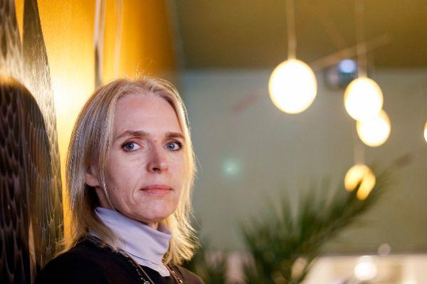 La escritora  Annette Hess.