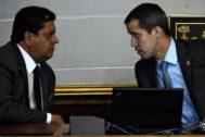 Imagen de archivo de Guaidó y su número dos en la Asamblea, Edgar Zambrano.