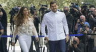 Cinco días después del infarto, Casillas recibió el alta. Ante los medios, Carbonero se mantuvo en un segundo plano.