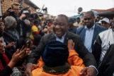 El presidente Ramaphosa lidera el escrutinio pero pierde votos