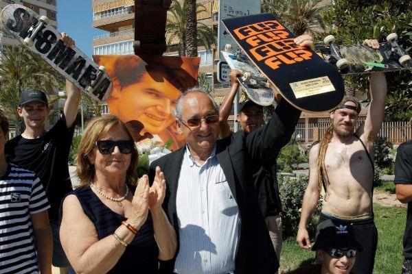 Los padres de Ignacio Echevarría, este viernes, en Alicante