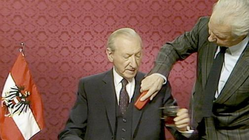 Una escena de 'The Waldheim Waltz', de Ruth Beckermann.