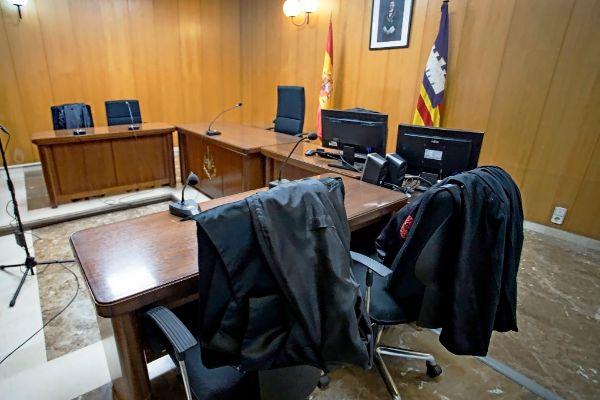 Sala vacía de uno de los juzgados de Vía Alemania, en Palma.