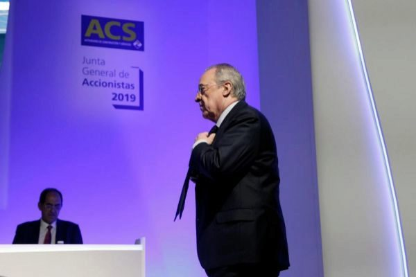 GRAF7752. MADRID.- El presidente de ACS, <HIT>Florentino</HIT> <HIT>Pérez</HIT>, durante la junta de accionistas de la compañía, este viernes en Ifema, en Madrid. ACS mantiene su objetivo de cerrar 2019 con un crecimiento del beneficio del 10 %, hasta los 1.000 millones de euros, según su presidente, que ha apuntado que los ingresos subirán el 5 %, hasta 38.000 millones, y ha destacado como palancas de crecimiento Abertis y las energías renovables.  Carlos <HIT>Pérez</HIT>