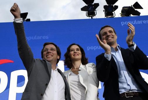 José Luis Martínez-Almeida, Isabel Díaz Ayuso y Pablo Casado.