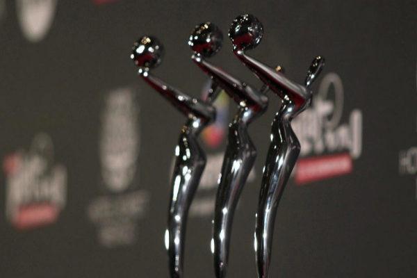 Las estatuillas que van a recibir los ganadores de los Premios Platino.