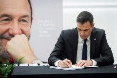 """""""Alfredo, encarnas lo que el PSOE ha representado y representa"""""""
