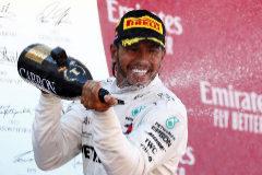 Lewis Hamilton otorga el 10 de la perfección para Mercedes