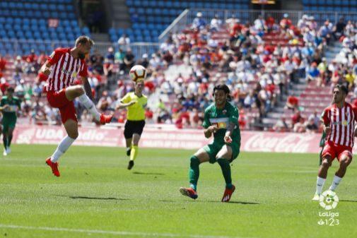 Imagen del partido, disputado en el Estadio de los Juegos Mediterráneos