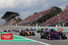 """La """"mentalidad luchadora"""" de Sainz y su intenso """"rueda con rueda"""" ante Grosjean"""