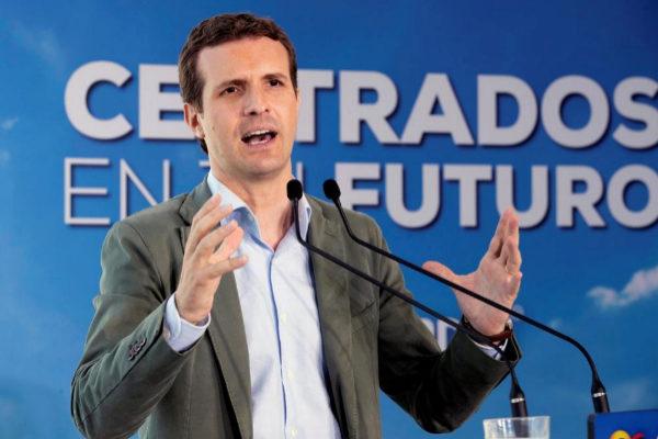 Pablo Casado, el domingo, en un mitin del PP en Águilas (Murcia).