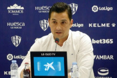 Francisco anuncia que no seguirá en el Huesca