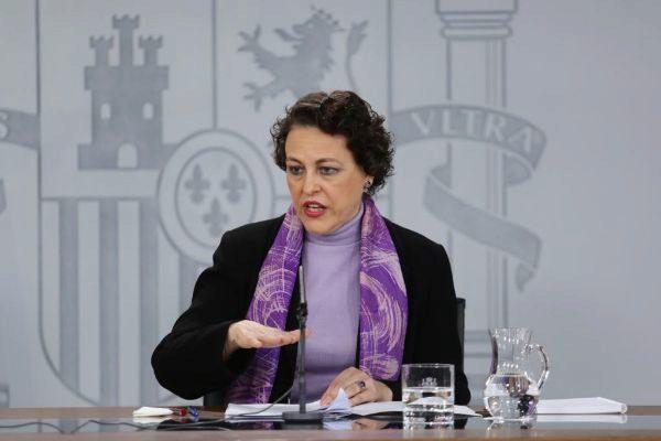 La ministra de Trabajo, Magdalena Valerio, en la rueda de prensa posterior al Consejo de Ministros en el que se aprobó el registro horario.