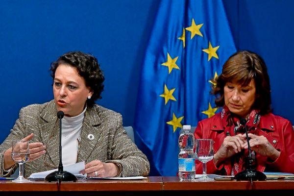 La ministra de Trabajo, Magdalena Valerio, y la secretaria de Estado de Empleo, Yolanda Valdeolivas, en la presentación de los presupuestos del Ministerio.