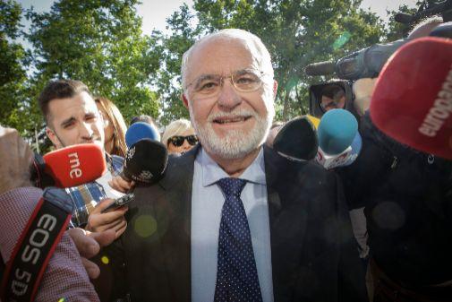 Juan Cotino, a su llegada a la Ciudad de la Justicia de Valencia.