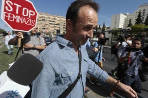 Arcuri envía a las autoridades italianas audios de sus hijos contando cómo Juana Rivas les manipula