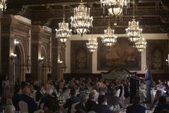 Aspecto que presentaba el Salón Real del hotel Alfonso XIII, donde tuvo lugar la conferencia-