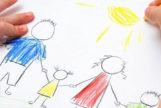 Aprende a analizar el dibujo de familia de tu hijo