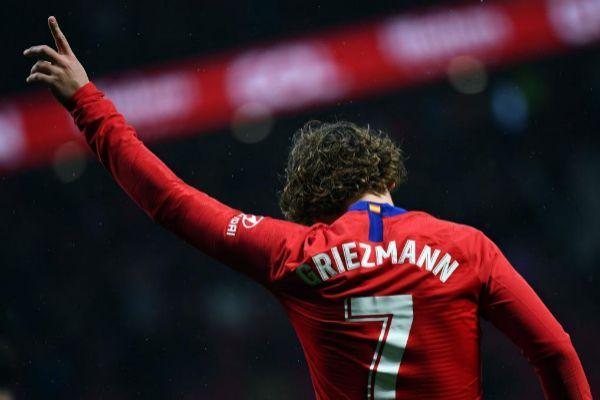 Griezmann celebra un gol ante el Valencia en el Wanda.