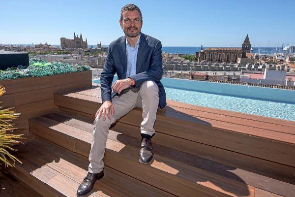 """Marc Pérez-Ribas, candidato de Ciudadanos: """"El alumno balear debe acabar el bachillerato con el C1 de inglés"""""""