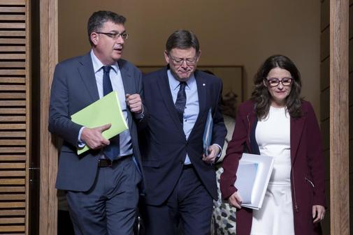 El presidente de Les Corts, Enric Morera, el presidente de la Generalitat, Ximo Puig, y la vicepresidenta del Consell, Mónica Oltra.