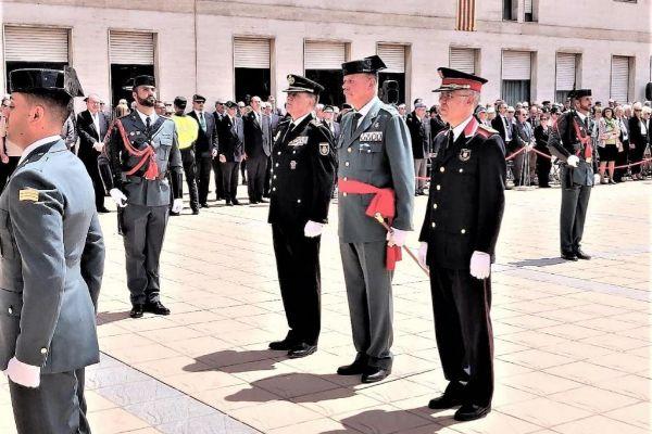 El jefe superior de Policía Nacional en Cataluña, José Antonio Togores; el general jefe de la VII Zona de la Guardia Civil en Catalunya, Pedro Garrido, y el comisario jefe de Mossos d'Esquadra, Miquel Esquius, en la comandancia de Sant Andreu de la Barca