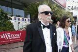 John Carpenter camino de la gala de homenaje.