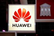 Logo de la compañía Huawei.