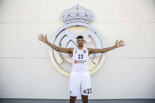 Olmo Calvo. 14/05/2019 Madrid. Comunidad de Madrid <HIT>Tavares</HIT>, jugador del Real Madrid, fotografiado en la Ciudad Deportiva del Real Madrid de Valdebebas