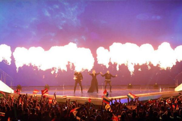 EPA6184. TEL AVIV (ISRAEL).- La concursante <HIT>Jonida</HIT> Maliqi de Albania se presenta este jueves, durante la segunda semifinal del concurso Eurovisión 2019, en Expo Tel Aviv (Israel).