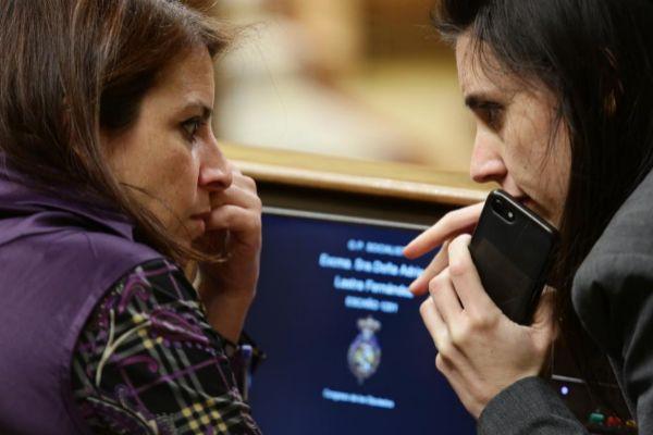 Adriana Lastra e Irene Montero, que han dirigido las negociaciones en nombre del PSOE y Unidas Podemos.