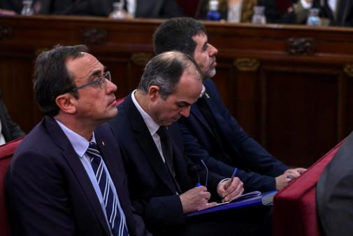 Los tres diputados electos de Junts per Catalunya, Jordi Sánchez,...