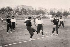 Un partido histórico. Las Spanish Girl's se dividieron en dos equipos: Monserrat y Giralda. Resultado final: 1 a 2. Triunfo de las segundas.