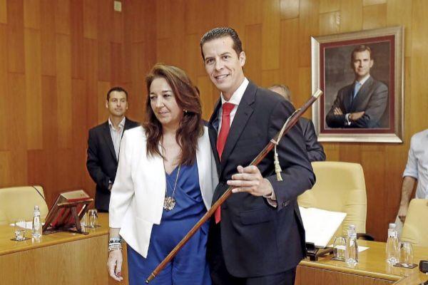 El alcalde de Elda, Rubén Alfaro, el día de su toma de posesión en 2015.