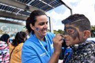 Una de las actividades del Día del Voluntariado en Cosmocaixa