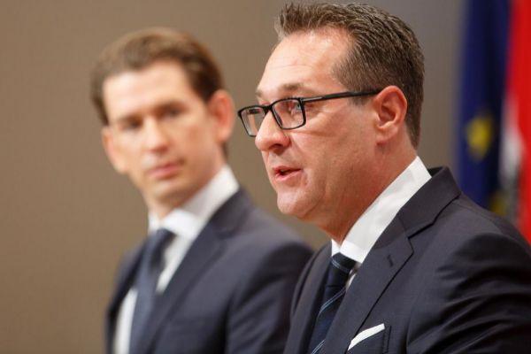 Sebastian Kurz junto a Heinz-Christian Strache.