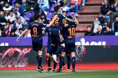 El Valencia cumple en Valladolid para ser equipo de Champions