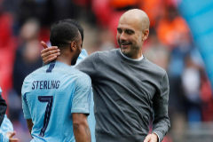 Guardiola le pasa el rodillo al fútbol inglés y el Manchester City logra un 'póker'  histórico
