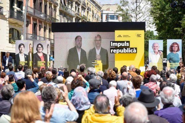 Junqueras y Romeva durante el acto de ERC en Barcelona