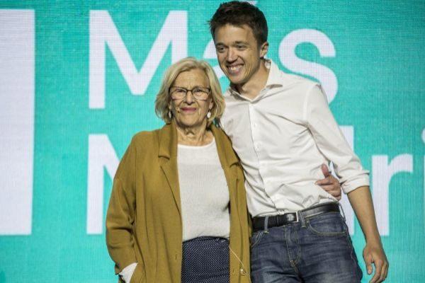 Iñigo Errejón durante un acto de campaña junto a Manuel Carmena.
