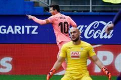 Messi salva un empate en Eibar en el adiós de la Liga 18-19