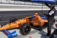 El coche de Alonso, durante una de las sesiones libres en Indianápolis.