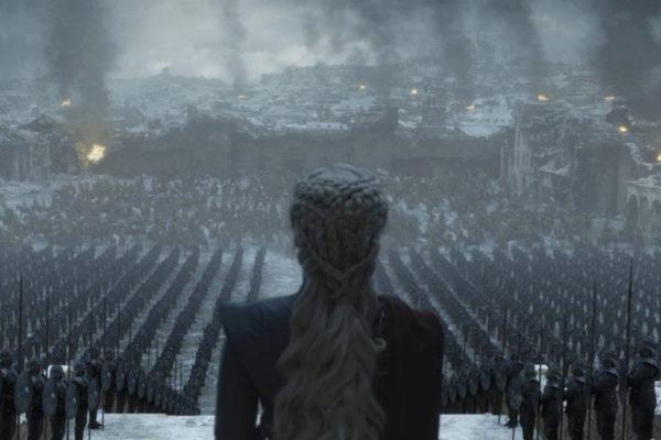 Daenerys Targaryen, interpretada por Emilia Clarke, en una escena del...