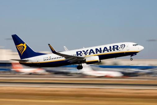 Los beneficios netos anuales de Ryanair caen un 29%