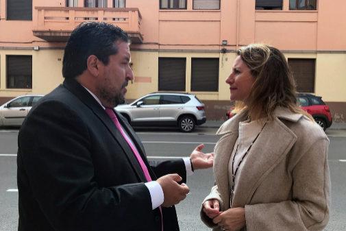 Moliner y Carrasco, frente a la vieja comisaría de Policía Nacional.