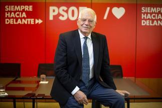 El candidato del PSOE a las europeas, Josep Borrell