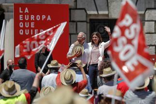 Josep Borrell, en un acto del PSOE en Valencia este domingo